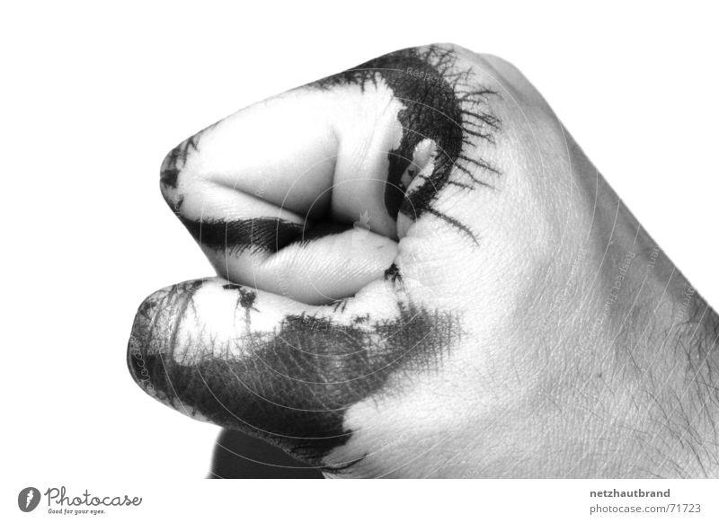 Tintenfaust Hand weiß schwarz Farbe Kraft Haut Konzentration Blut Unfall Faust Grauwert zerlaufen
