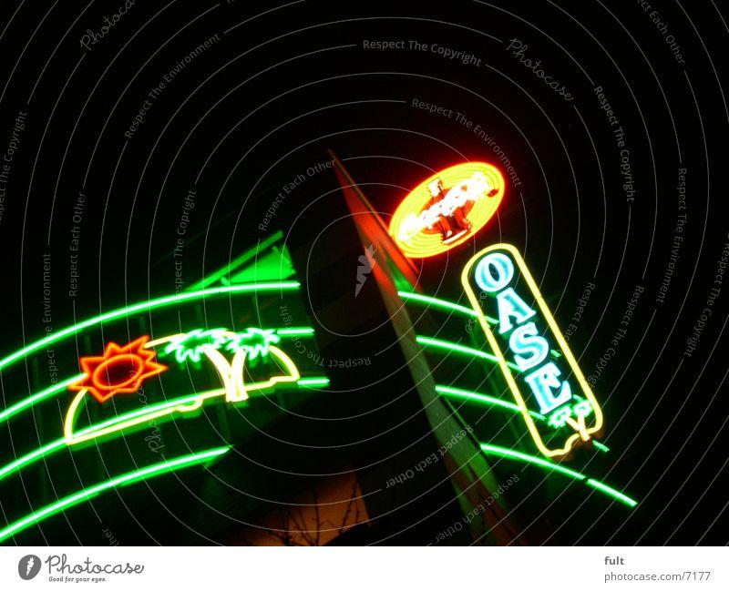 oase Leuchtreklame Leuchtstoffröhre Nachtaufnahme Elektrisches Gerät Technik & Technologie Werbung
