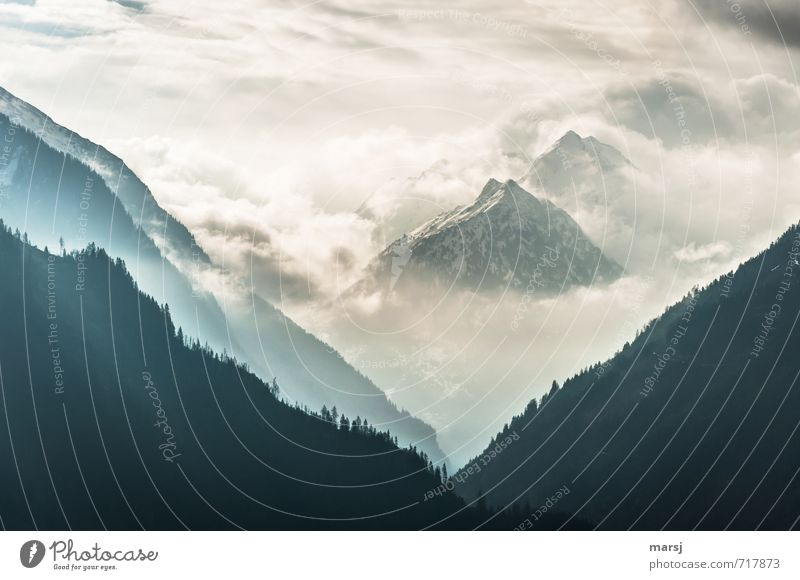 Durchbruch Natur Landschaft Urelemente Himmel Wolken Gewitterwolken Horizont Frühling Sommer Herbst Wetter schlechtes Wetter Nebel Felsen Alpen Berge u. Gebirge