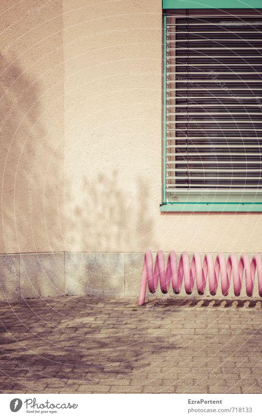 der Baum Stadt Haus Bauwerk Gebäude Architektur Mauer Wand Fassade Fenster Verkehr Fahrradfahren Stein Linie Kitsch orange rosa türkis ästhetisch elegant