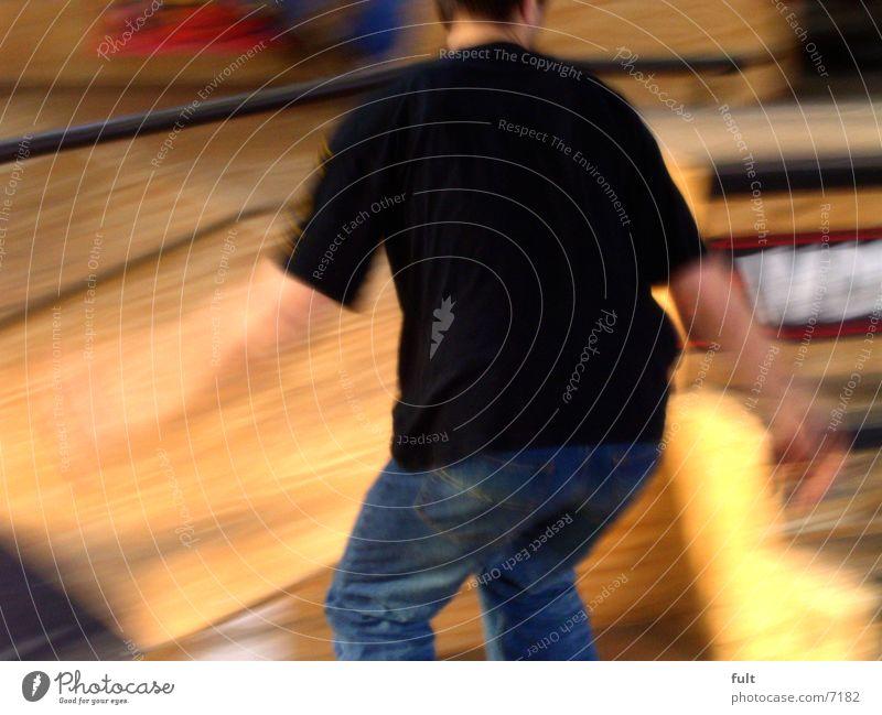 skater Skateboarding Schwung Extremsport man Bewegung