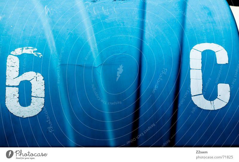 6c statt 4c blau Linie kaputt Ziffern & Zahlen Buchstaben vorwärts trashig Kratzer Lateinisches Alphabet zerkratzen