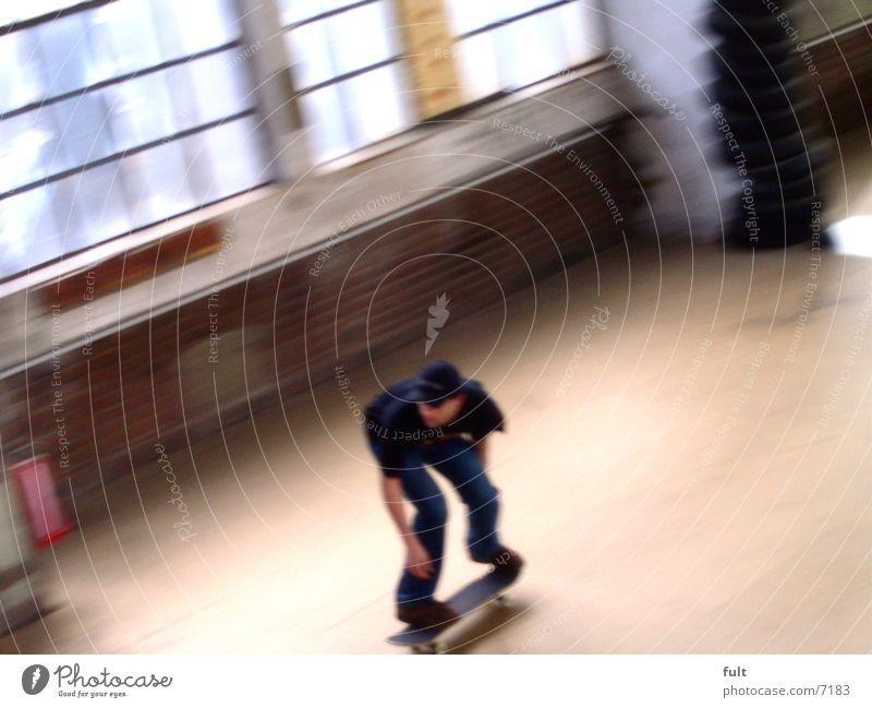 Skater Bewegungsunschärfe Extremsport Skateboarding fun move