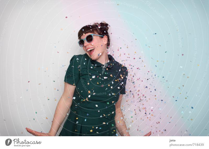 We can dance if we want to. Jugendliche Junge Frau Freude Leben Bewegung lustig Glück lachen Feste & Feiern Party wild Geburtstag frei Tanzen verrückt