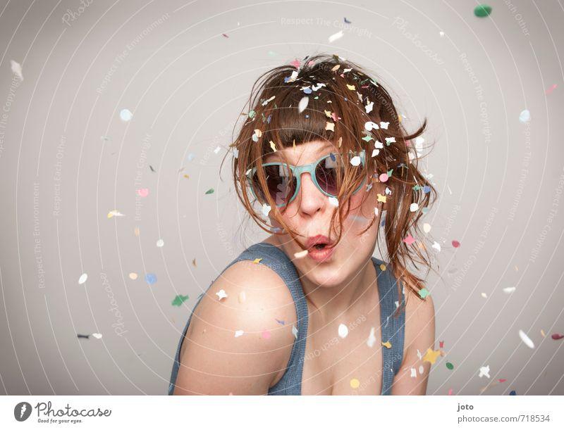 surprise II Mensch Frau Freude Erwachsene Feste & Feiern rosa Party Freizeit & Hobby wild Zufriedenheit Geburtstag verrückt Fröhlichkeit Kreativität