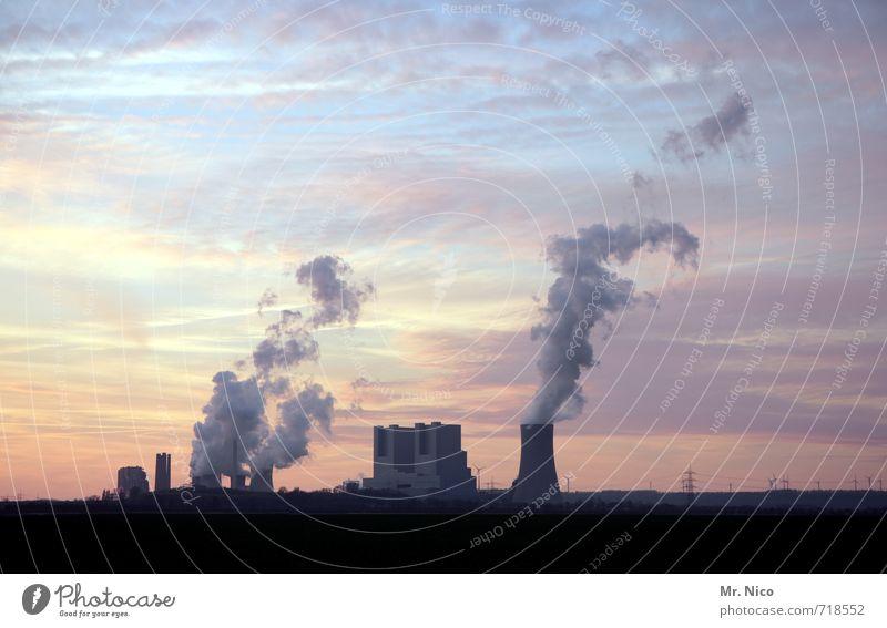 kraft werk Himmel Landschaft Wolken Umwelt Arbeit & Erwerbstätigkeit Energiewirtschaft Klima Industriefotografie Fabrik Bauwerk Rauch Schornstein Abgas