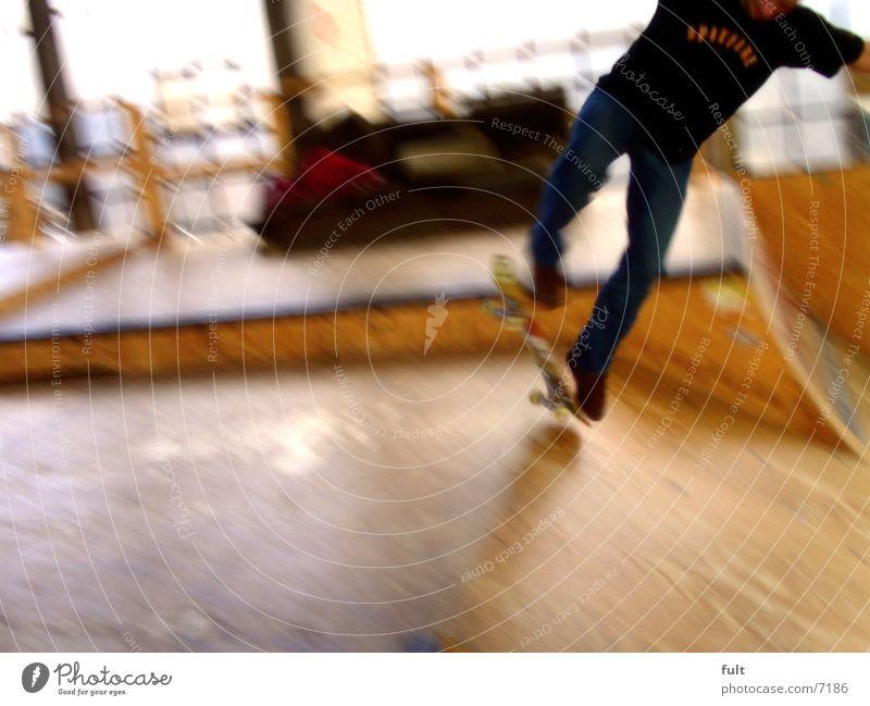 skate Schwung Bewegungsunschärfe Stil Extremsport board fun