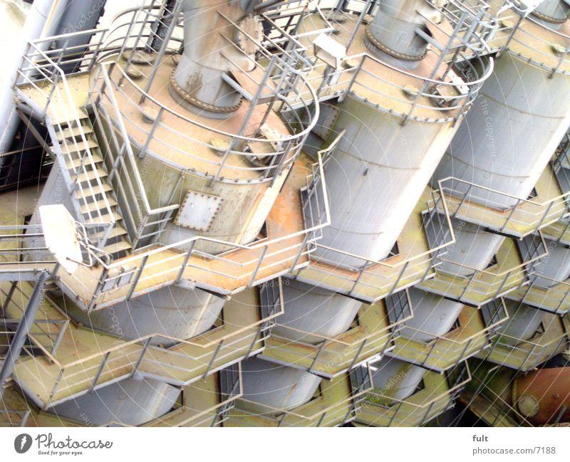 kessel Kessel Stahl Behälter u. Gefäße Silo 3 Industrie Treppe Geländer