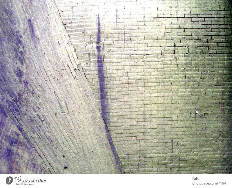 mauer alt grün Stein Mauer Industrie Backstein