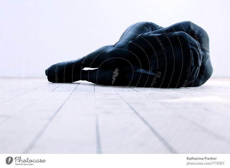 #719587 Mensch blau weiß ruhig schwarz Innenarchitektur grau außergewöhnlich Kunst liegen Körper modern ästhetisch Kreativität Bodenbelag dünn