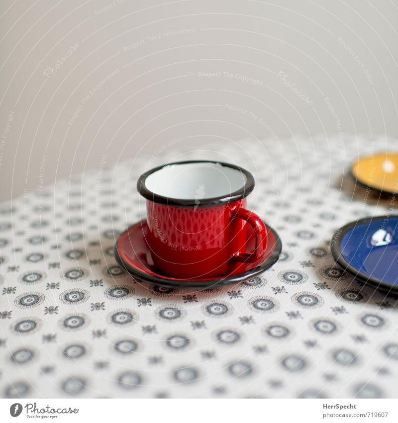 Tischdecke(n) Häusliches Leben Innenarchitektur Dekoration & Verzierung Metall schön retro rund Sauberkeit blau gelb grau rot Tasse Tischwäsche Kaffeetasse