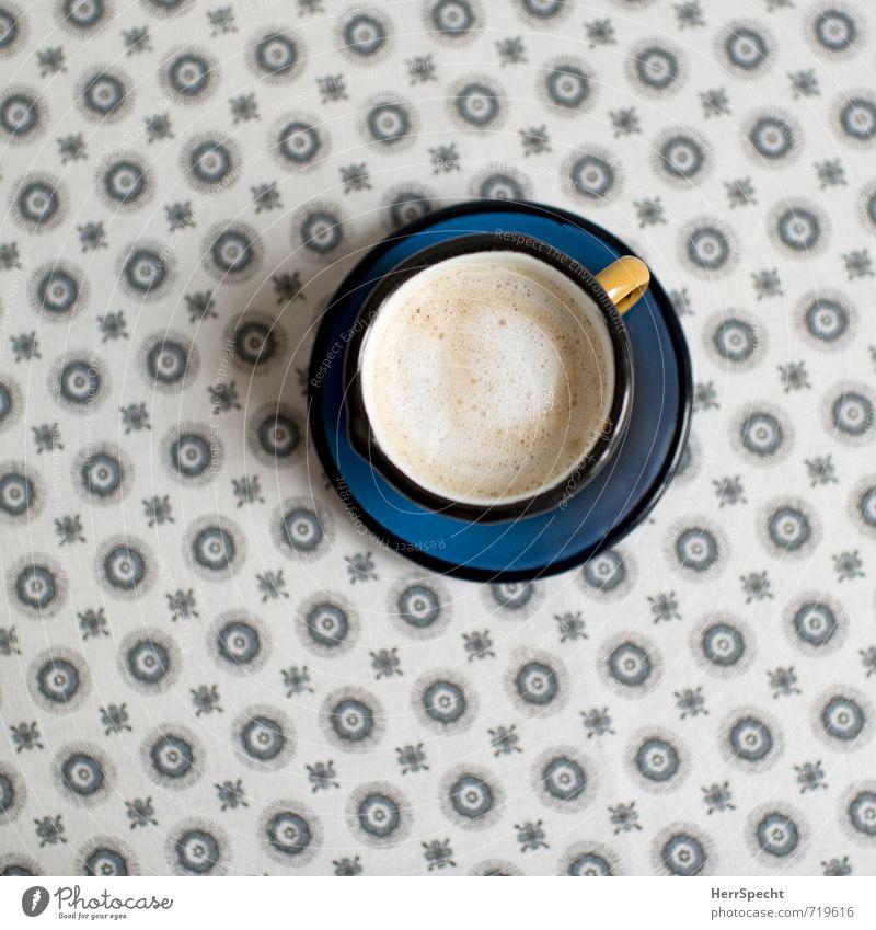 Morgenkaffee blau schön gelb Innenarchitektur grau Metall Häusliches Leben Dekoration & Verzierung Getränk Tisch Sauberkeit retro rund Kaffee Tasse Tischwäsche
