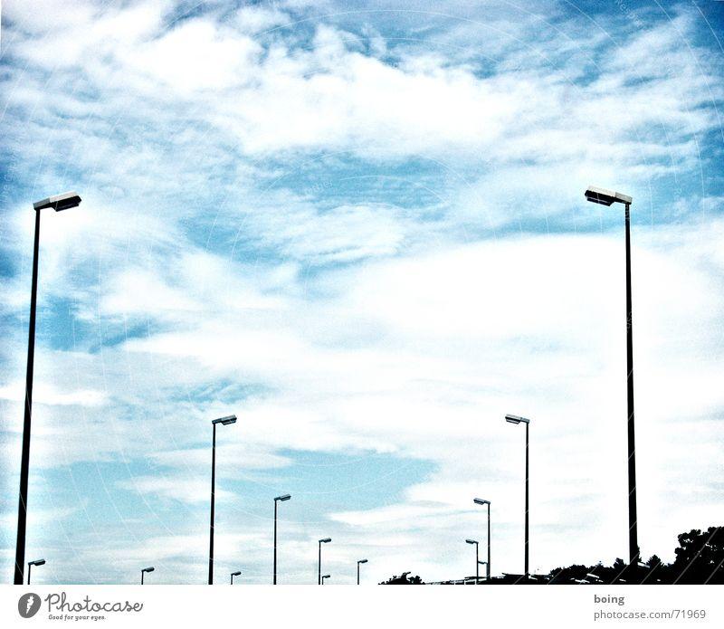 mado-style-o-mat Himmel Beleuchtung Laterne Verkehrswege Flucht erleuchten Tunnelblick Stadtautobahn Schneise
