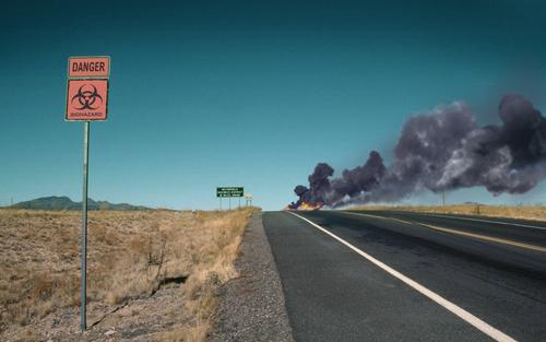 Danger Zone Straße Brand Horizont gefährlich bedrohlich Wüste Rauch