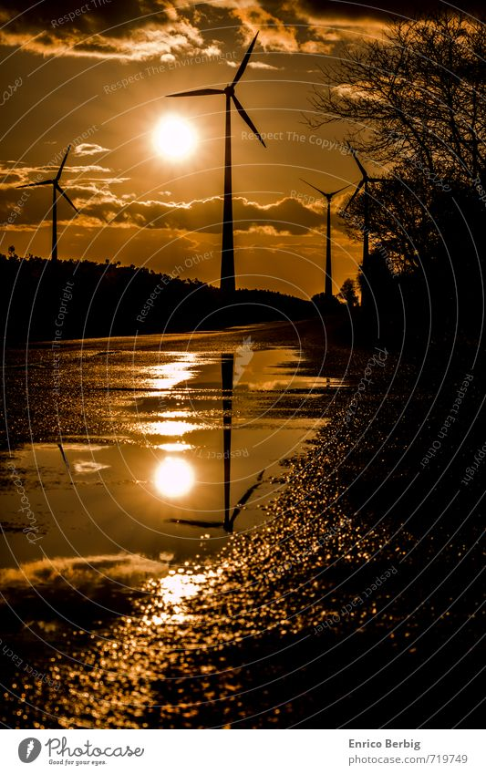 Renewable Energy Landschaft Sonne Sonnenlicht Frühling Sommer Schönes Wetter Feld modern Gefühle Stimmung Glück Kraft Abenteuer Energie Windrad Windkraftanlage