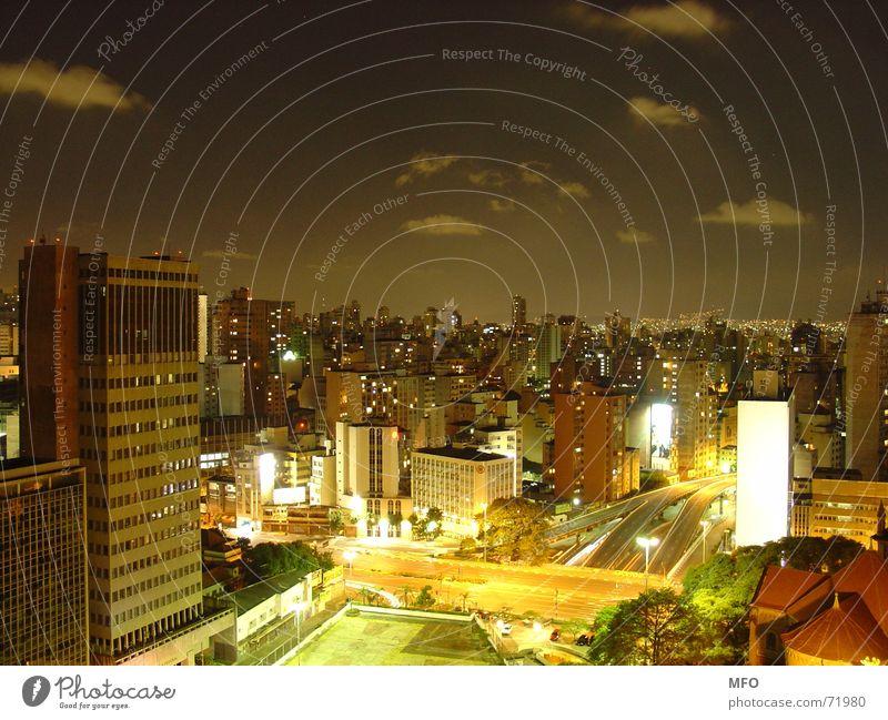 Sao Paulo Nacht Himmel Stadt Ferne Straße Lampe Leben dunkel Südamerika Nacht groß Hochhaus Horizont Energiewirtschaft Brasilien