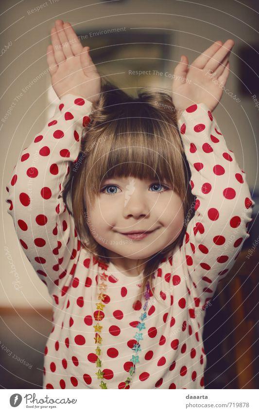 Osterhase Lifestyle Freude Leben harmonisch Wohlgefühl Spielen vortäuschend handelnd Party feminin Mädchen 1 Mensch 3-8 Jahre Kind Kindheit Blühend