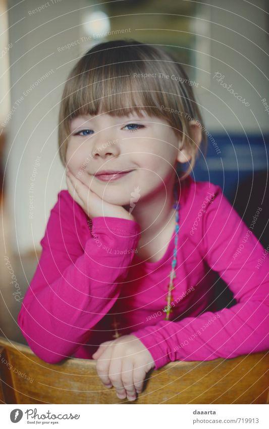Kind schön Mädchen Freude Wärme Leben feminin Spielen Stil Glück Gesundheit träumen Freizeit & Hobby glänzend elegant Kindheit