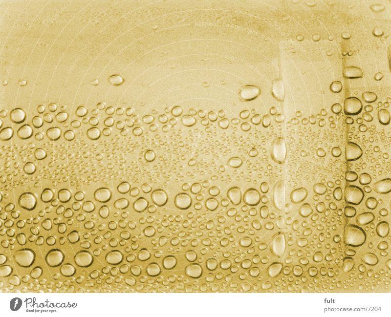 tropfen nass feucht Stil gelb Makroaufnahme Nahaufnahme trofen Wasser Kunststoff Statue