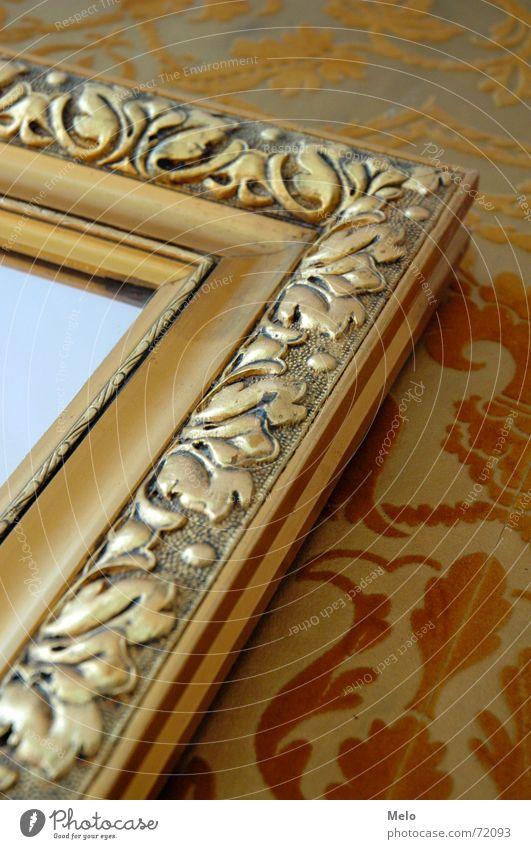 spieglein spieglein an der wand I gelb Wand Glas gold Spiegel Tapete Rahmen Ornament