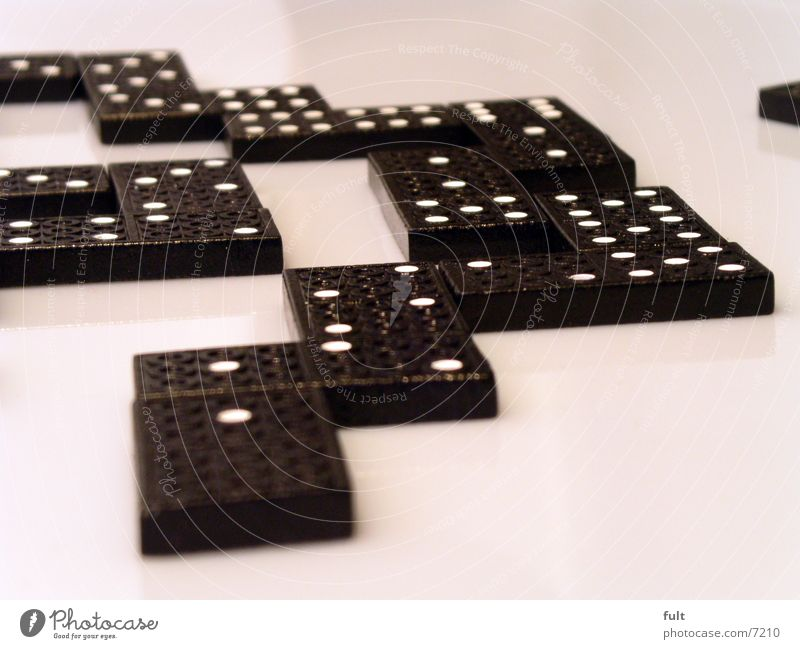 domino Freude schwarz Spielen Holz Stein modern Technik & Technologie liegen Punkt Dinge ankern Domino nebeneinander