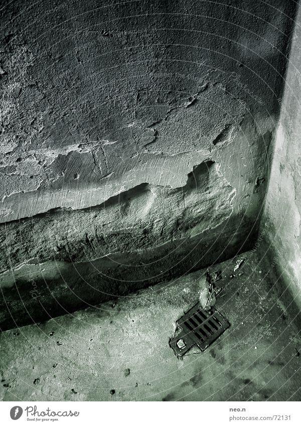 Kellerecke alt Einsamkeit dunkel Wand Architektur Mauer Stein modern nass Beton Wassertropfen Ecke verfallen Loch feucht Putz