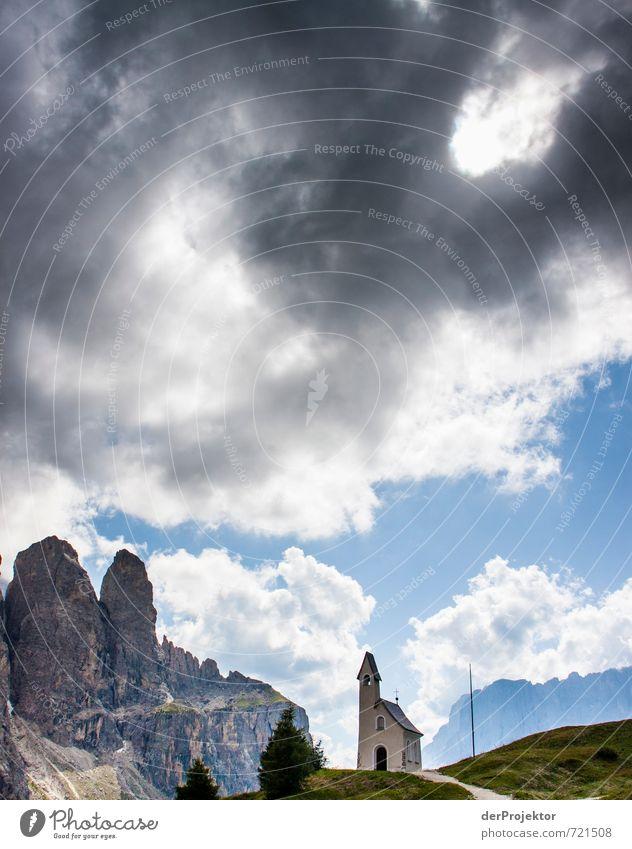 Drei Türme Natur Ferien & Urlaub & Reisen Sommer Landschaft Wolken Umwelt Berge u. Gebirge Gefühle Felsen Stimmung Zufriedenheit Tourismus Ausflug Kirche