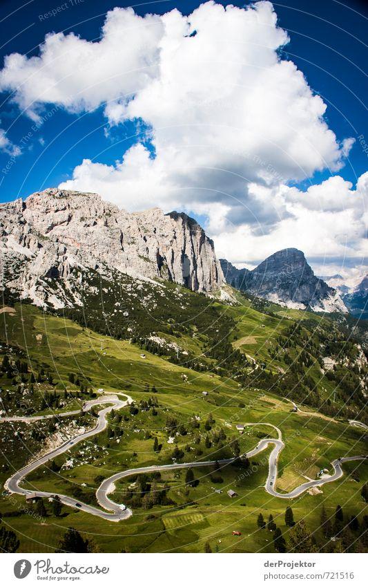 Highway to heaven Natur Ferien & Urlaub & Reisen Sommer Landschaft Wolken Ferne Umwelt Berge u. Gebirge Straße Gefühle Wege & Pfade Freiheit Felsen
