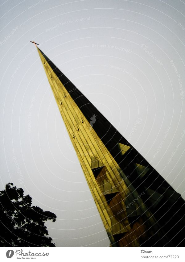direction God, asks here long Himmel grün oben Gebäude Religion & Glaube Rücken verrückt Perspektive Turm Richtung Gott zeigen Götter