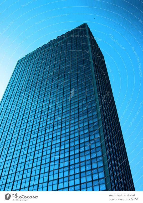 Forum Hotel Haus Gebäude Hochhaus Fassade Fenster Glasfassade kalt bewegungslos Berlin-Mitte Alexanderplatz Himmel blau Beton hoch alex building blue sky cold