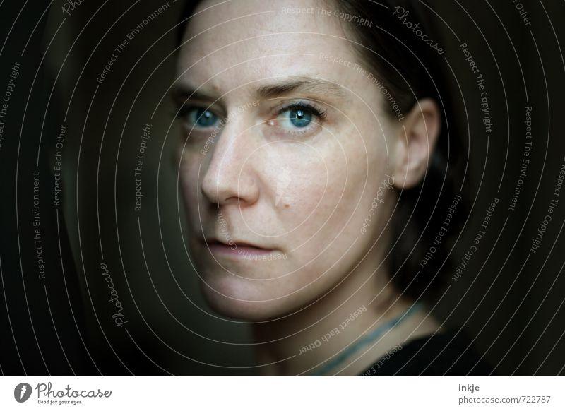 meine Sprache Lifestyle Stil Frau Erwachsene Leben Gesicht 1 Mensch 30-45 Jahre Denken Kommunizieren Blick authentisch außergewöhnlich schön einzigartig Gefühle
