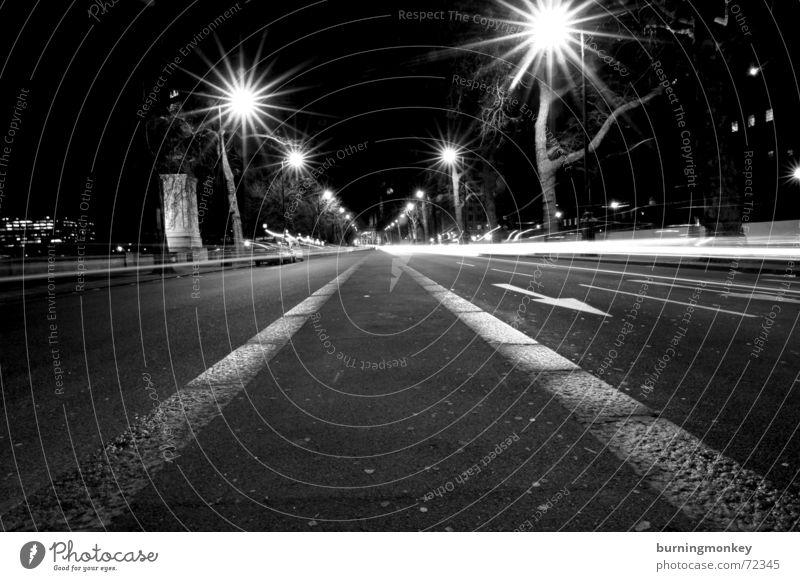 Mittendrin Straße Lampe fahren Laterne Dynamik