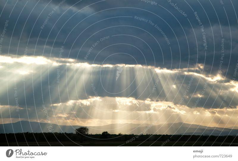 April Himmel Natur Landschaft Wolken Umwelt natürlich außergewöhnlich Wetter Klima Lichtstrahl strahlend strahlenförmig