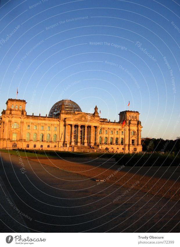 alle gegen alle Berlin Gebäude Baustelle Vergangenheit Bauwerk historisch Politik & Staat Hauptstadt Deutscher Bundestag