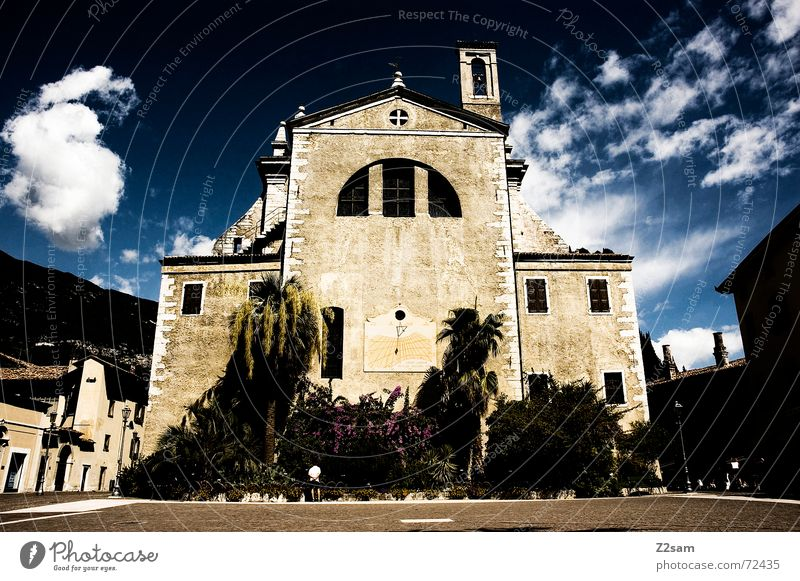 God house Götter Himmel Gardasee Italien dunkel bedrohlich groß Katholizismus Palme Religion & Glaube church god Gott sky arco dark alt Turm