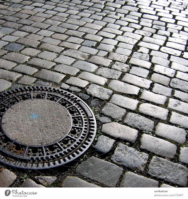 Straßenmuster Stein Wege & Pfade Kopfsteinpflaster Straßenbelag fließen Gully Abfluss Pflastersteine Mosaik pflastern