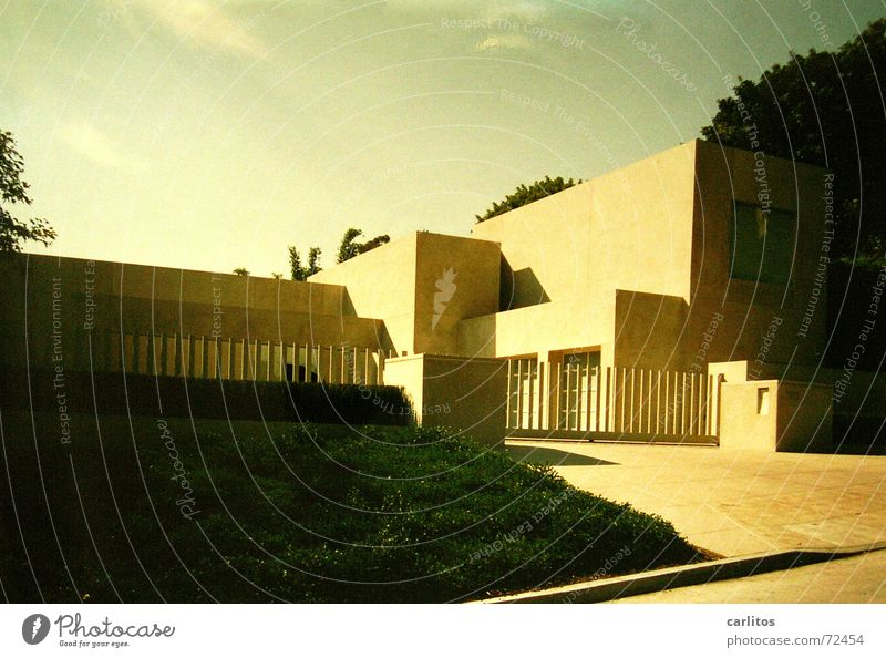 Plattenbau Kalifornien Los Angeles Beverly Hills Villa Geometrie USA modern Moderne Architektur Konstruktivismus Postmoderne Einfamilienhaus Reichtum