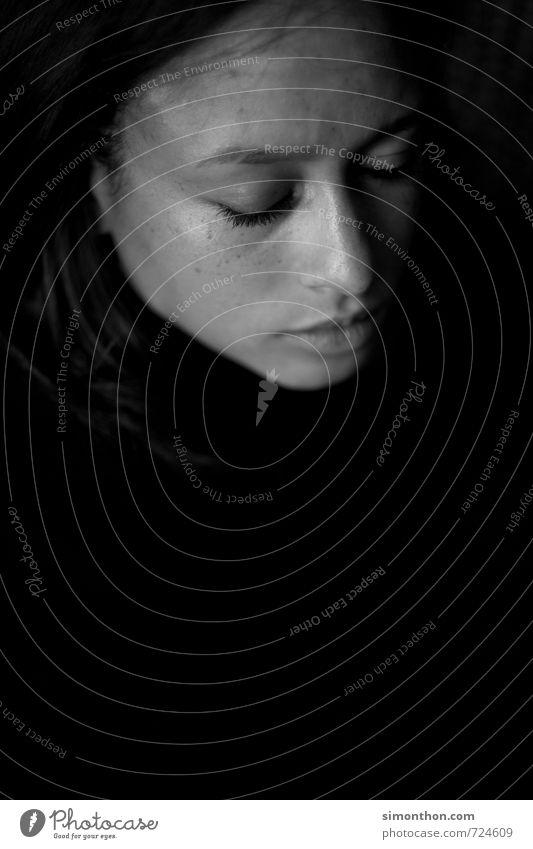 Frieden schön harmonisch Wohlgefühl Zufriedenheit Sinnesorgane Erholung ruhig Meditation feminin 1 Mensch Armut ästhetisch Stress Einsamkeit Enttäuschung