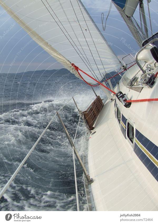 Segel Action rot See Wasserfahrzeug Wellen Wind Sturm Segeln Nähgarn Kroatien Gischt Leitfaden