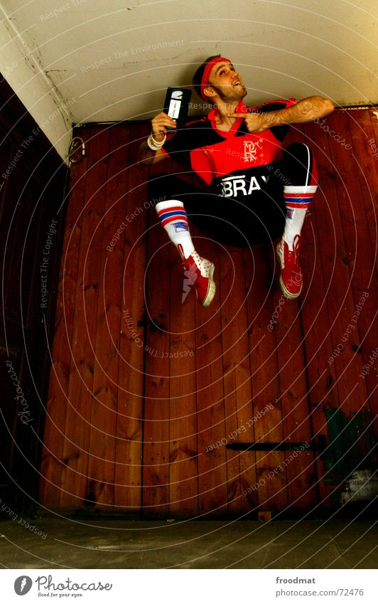 dynamo Freude Sport Fitness Sport-Training maskulin Strümpfe Turnschuh Holz springen sportlich Coolness trendy retro trashig Fröhlichkeit Lebensfreude Werbung