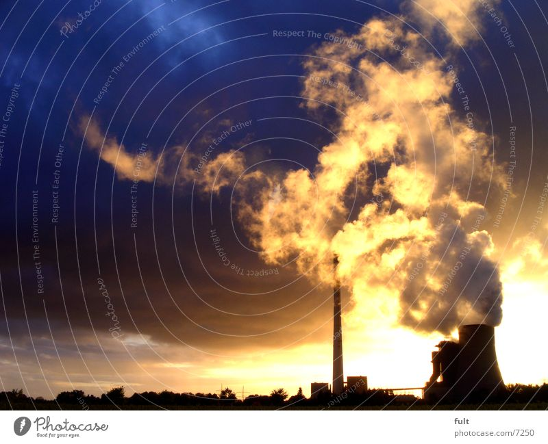 kraftwerk Wasserdampf Wolken Regen Silhouette Horizont Stillleben Kohlekraftwerk extrem Beton Gebäude Industrie Stromkraftwerke Schornstein Himmel