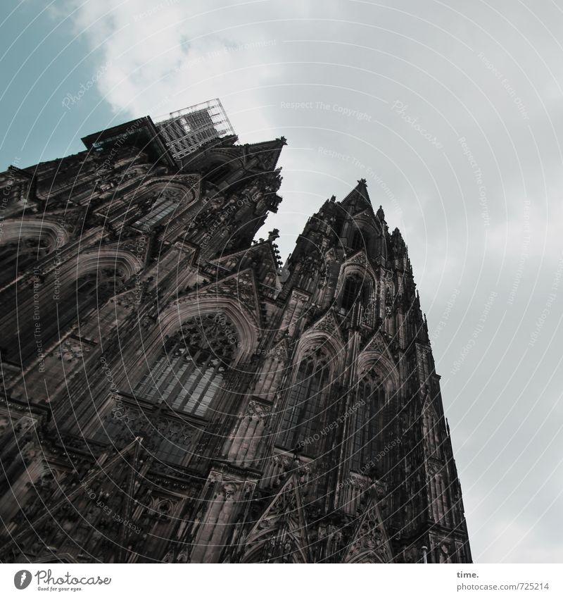 god chilla Baustelle Köln Kirche Dom Bauwerk Gebäude Architektur Mauer Wand Fassade Sehenswürdigkeit Wahrzeichen Kölner Dom Bekanntheit historisch hoch Gefühle