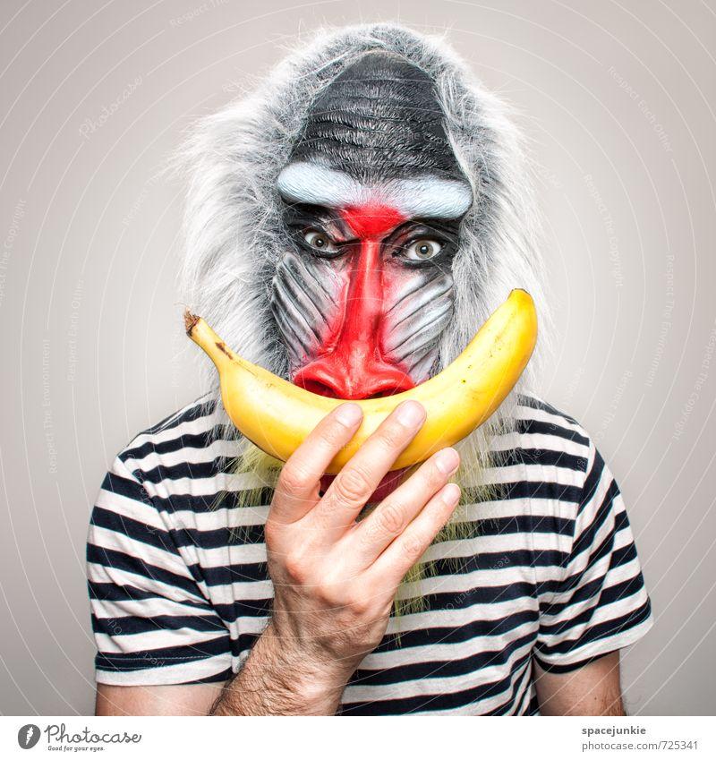 Banana Mensch maskulin Junger Mann Jugendliche 1 Kunst T-Shirt grauhaarig Bart Tier beobachten berühren füttern gruselig Neugier gelb rot schwarz Tierliebe