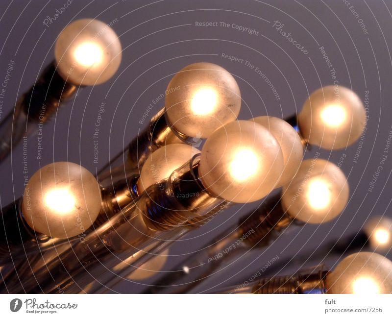 Glühbirnen Lampe Stil Reflexion & Spiegelung rund Design Licht Lichtpunkt erleuchten Elektrizität nebeneinander Kugel Kunststoff Drehgewinde Beleuchtung