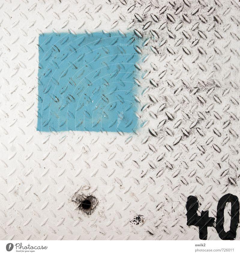 Verzählt Metall Ziffern & Zahlen 40 einfach grau schwarz türkis weiß Quadrat Farbstoff unten Farbfoto Außenaufnahme Nahaufnahme Detailaufnahme Muster