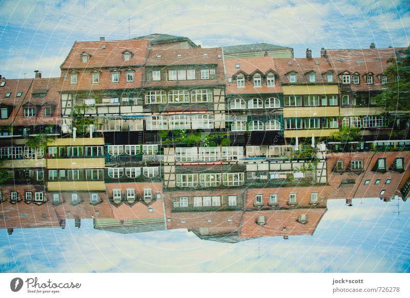 Leben im Fluss Himmel Haus Frühling außergewöhnlich oben Zufriedenheit Idylle fantastisch Coolness Wandel & Veränderung historisch Irritation Sammlung Altstadt