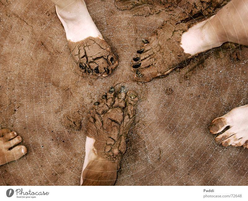 Pediküre am Strand Muschel Ferien & Urlaub & Reisen Nagel Schlamm Fuß Sand lustig Kreativität Freude