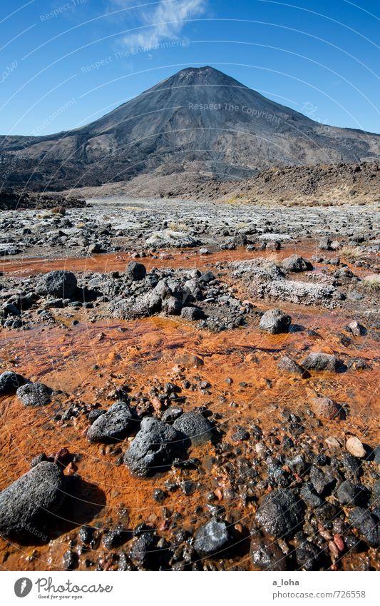 Mordor* Umwelt Natur Landschaft Urelemente Erde Sand Feuer Wasser Himmel Wolken Herbst Klima Schönes Wetter Berge u. Gebirge Gipfel Vulkan Flussufer Bach blau