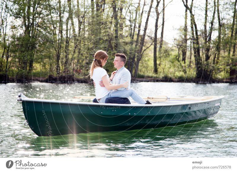 böteln Mensch maskulin feminin Junge Frau Jugendliche Junger Mann Paar 2 18-30 Jahre Erwachsene Umwelt Natur See schön natürlich Ruderboot Freizeit & Hobby