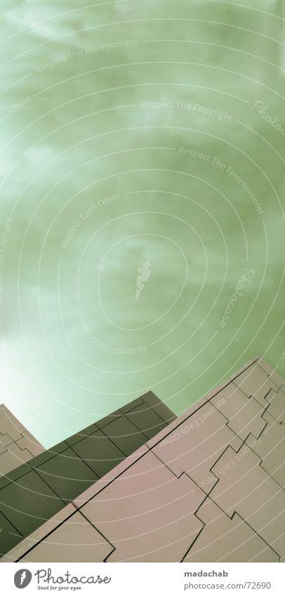 MACHT | hochhaus gebäude architektur himmel gott Himmel Stadt blau Einsamkeit Wolken Haus dunkel Fenster Leben Architektur Traurigkeit Gebäude Freiheit fliegen oben rosa